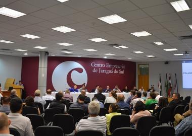 Painel com a imprensa debate campanha eleitoral de 2018